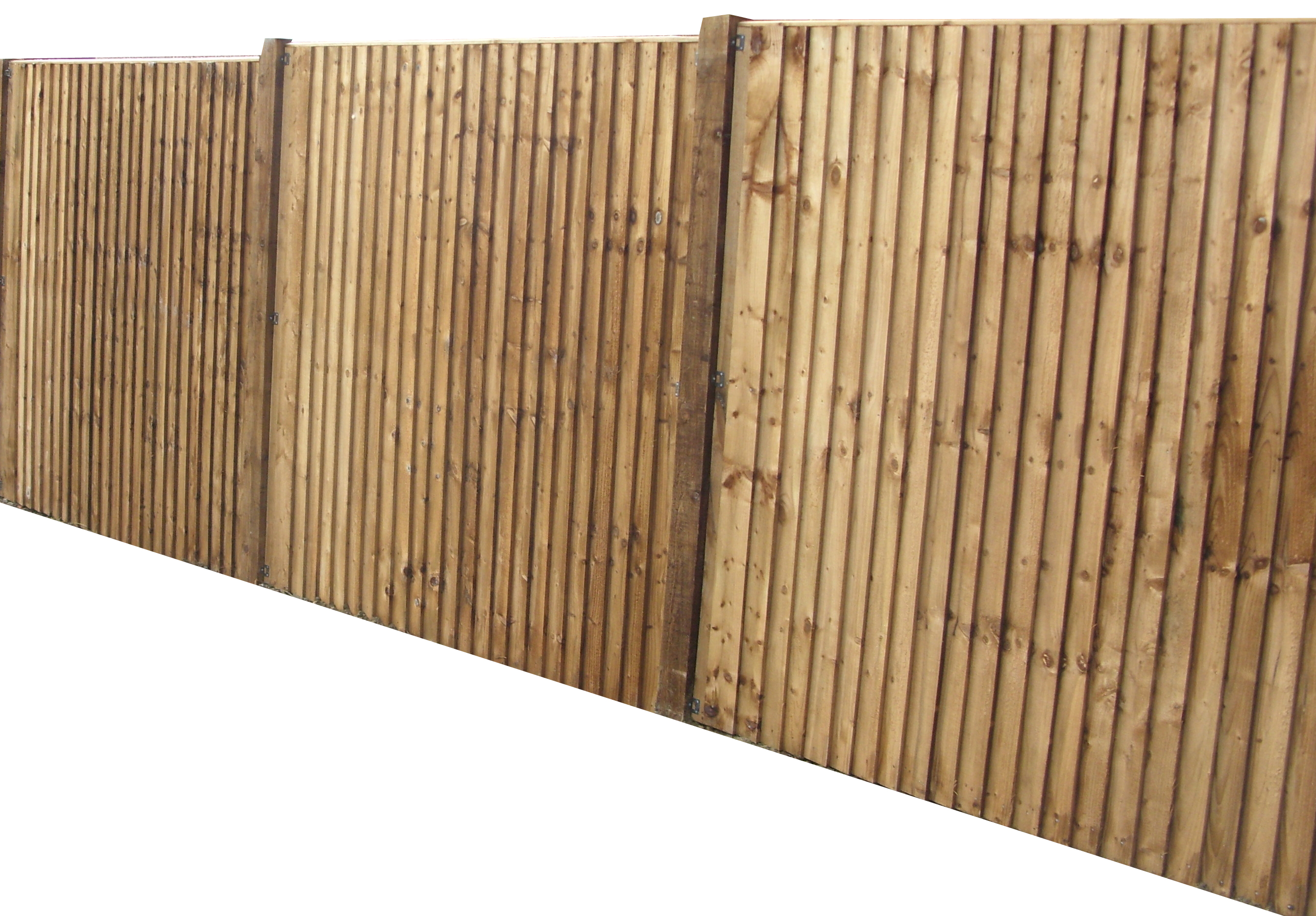 Closeboard panels, no capping on timber posts