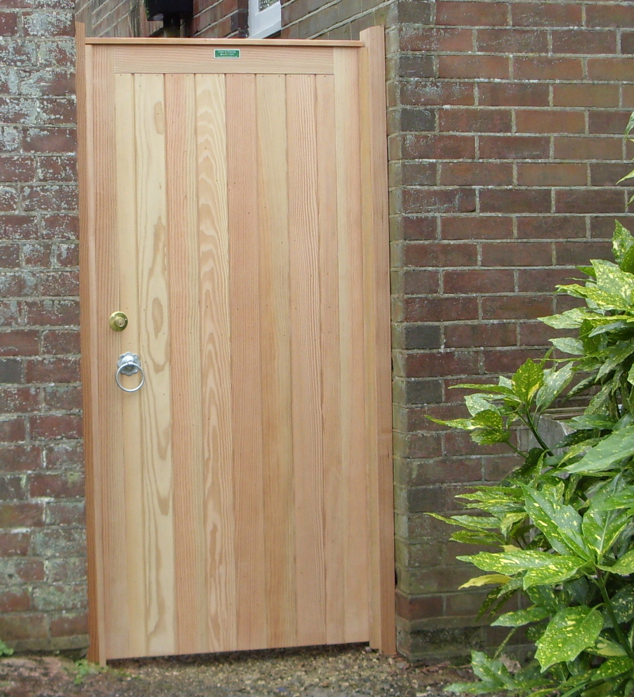 Glemham gate in Douglas Fir with Cylinder gate lock fitted