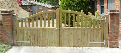 Stour gates pressure treated approach